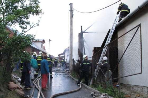Požár stodoly o obci Drnovice na Valašskokloboucku