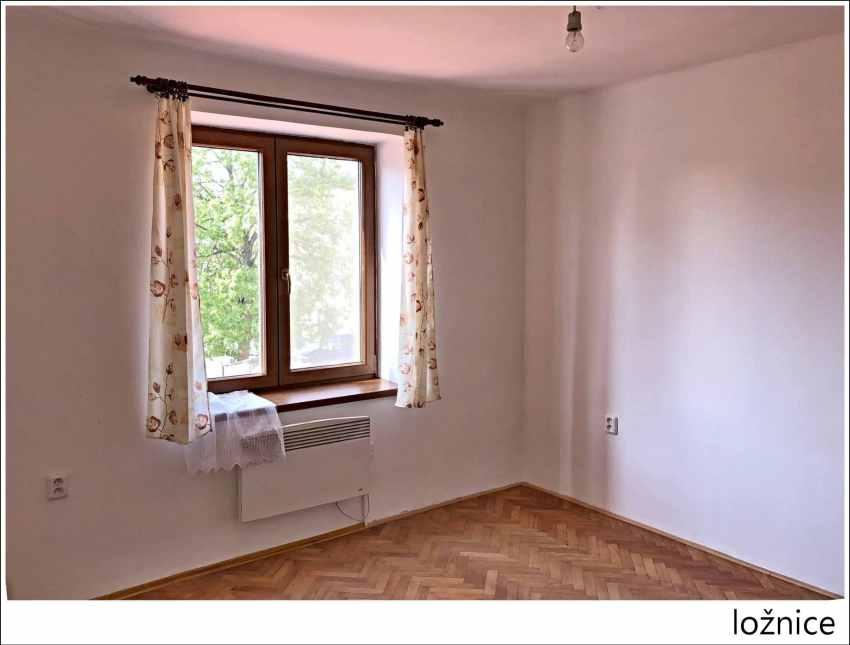 Prodám byt 2+1 Valašské Klobouky e24a7eed85