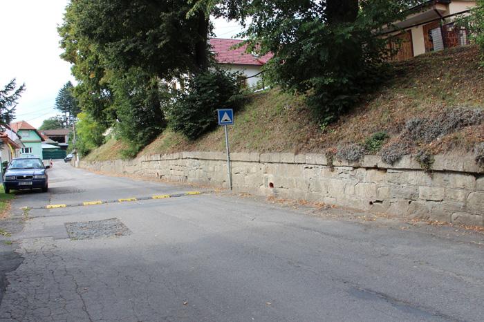 Opravu zídky v Kramolišově ulici by mohla podpořit dotace · Aktuality1. 3.  2019. Zastupitelstvo města Valašské Klobouky ... 2e0fd4175d